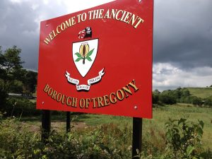 new-tregony-sign